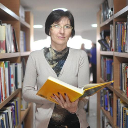 Dr Suzana Pajić (Doktor ekonomije)