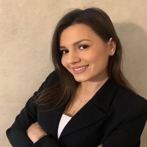 Dijana Kurandić (Master profesor hemije)